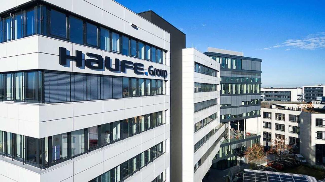 Der Gebäudekomplex von Haufe im Freiburger Gewerbegebiet Haid  | Foto: Haufe