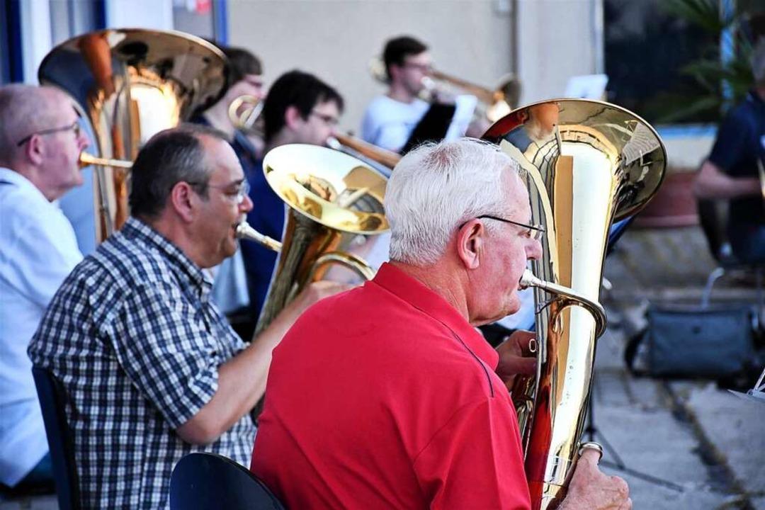 Erst im Juni konnte sich die Stadtmusik zur ersten Probe des Jahres treffen.  | Foto: Barbara Ruda