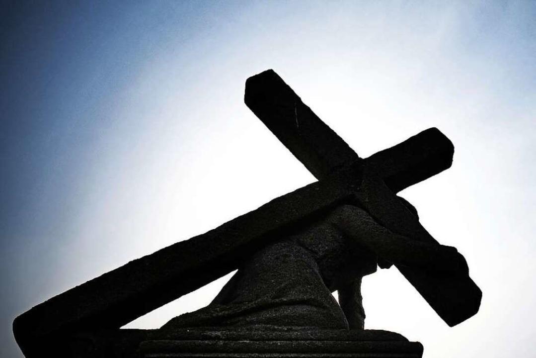 Die Kirche und der Missbrauch – ...egleitet und wohl auch begleiten wird.  | Foto: Nicolas Armer