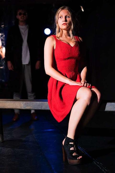 "Maya Kenda spielt in ""Emilia Gal... einer Doppelrolle Claudia und Orsina.  | Foto: Marvin Lawton"