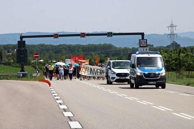 350 Demonstranten der Seebrücke bei der Innenministerkonferenz
