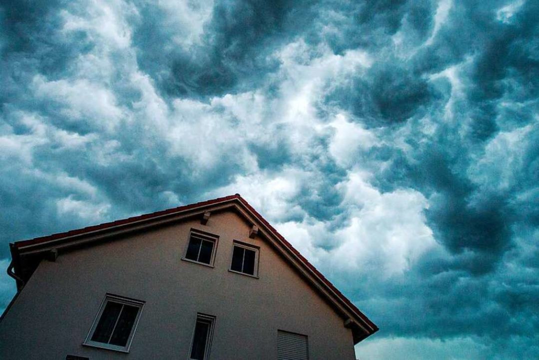 Unwetterwarnung in fast ganz Deutschla...es vom Deutschen  Wetterdienst  (DWD).    Foto: Armin Weigel