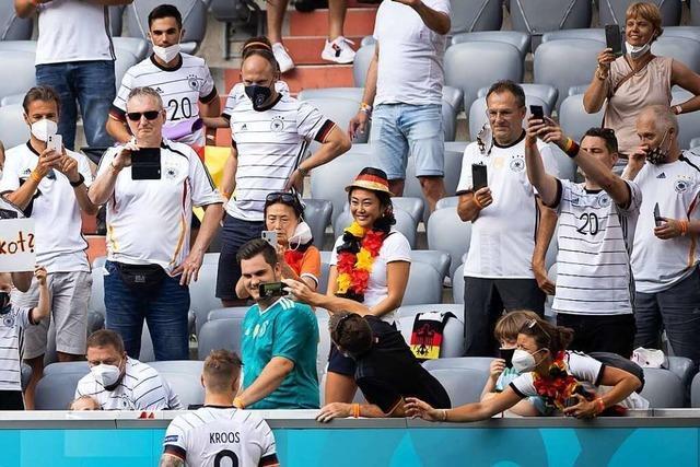Tausende Fans ignorieren Maskenpflicht beim EM-Spiel in München