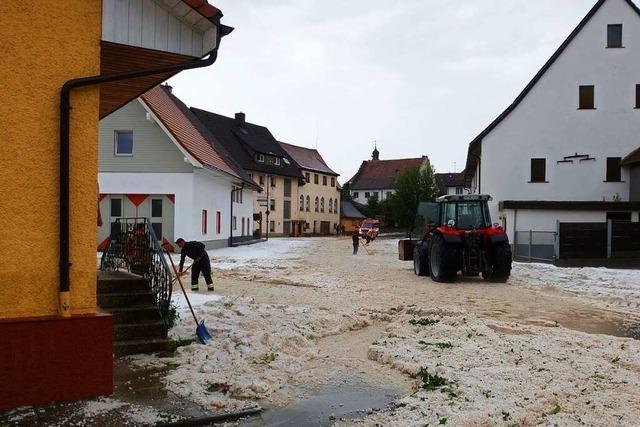 Hagel, Überschwemmungen, Erdrutsche: Unwetter wütet im Schwarzwald