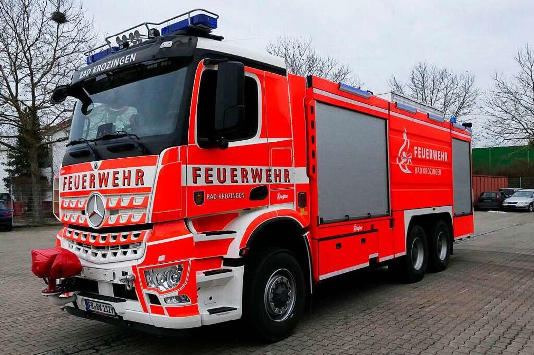 Auch das neue Großlöschtankfahrzeug de...törten Elektroautos kamen zum Einsatz.  | Foto: Frank Schoch