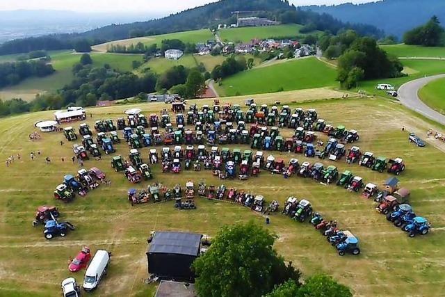 Traktorkonzert mit den Dorfrockern in Horben
