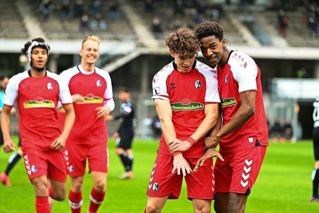Sechs Fußballschüler des SC Freiburg steigen in den Profikader auf