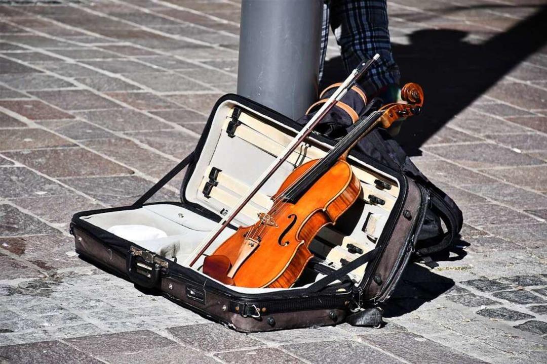 Kulturschaffende in Lörrach wollen nic...tadt Gelder kürzt, befürchten sie das.  | Foto: Barbara Ruda
