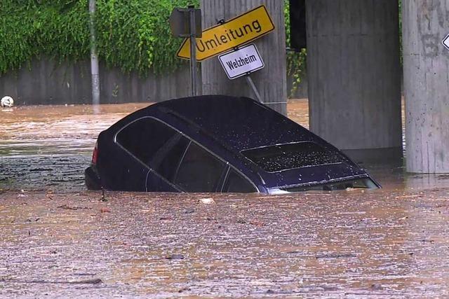 Land unter in Südwest - Straßen, Keller und Impfzentrum unter Wasser