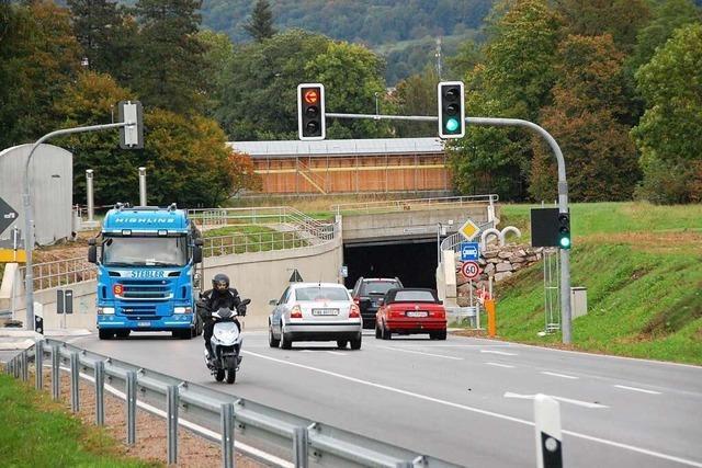 Defekte Maschine sorgt für Rückstau an der Zollfreien Straße in Weil