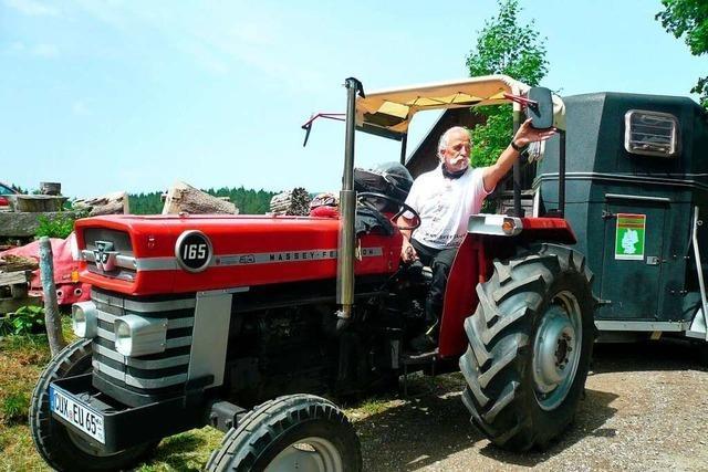 Spendentour mit dem Traktor von der Nordsee bis nach St. Peter