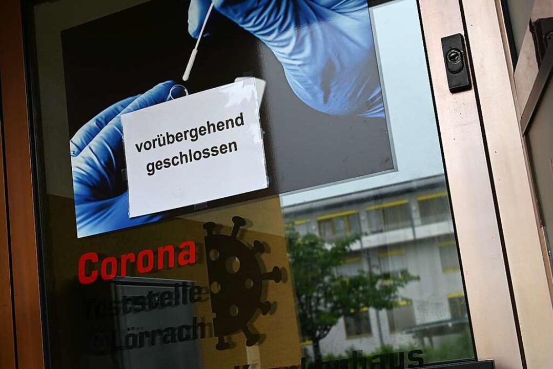 Gegenüber dem Lörracher Krankenhaus gibt es momentan keine Schnelltests.  | Foto: Jonas Hirt