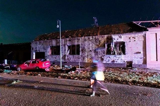 Mindestens drei Tote und viele Verletzte nach Tornado in Tschechien