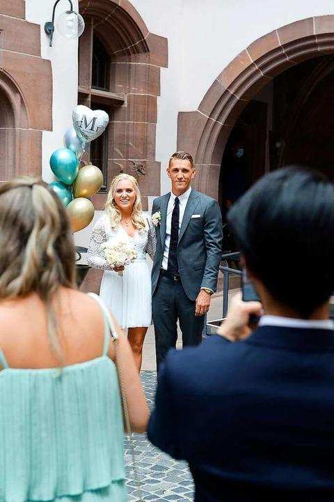 Nils und Carla Petersen wurden von Familie und Freunden gefeiert.    Foto: Ingo Schneider