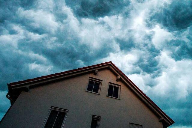 Welche Versicherung bei Hochwasserschäden am Haus wirklich hilft