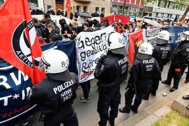 Polizeibeamte sollen Journalisten bei Düsseldorfer Demo angegriffen haben
