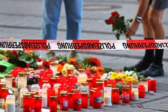 Ermittler suchen nach Motiv für die tödliche Attacke in Würzburg