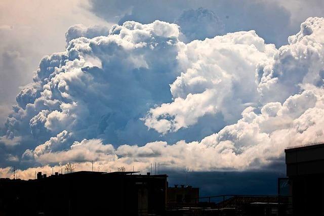 Meteorologen erwarten schweres Unwetter am Montagabend