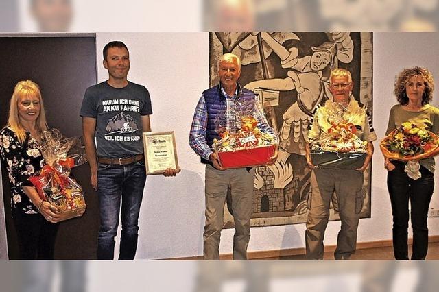 Mitglieder halten zum RSV Niederhof