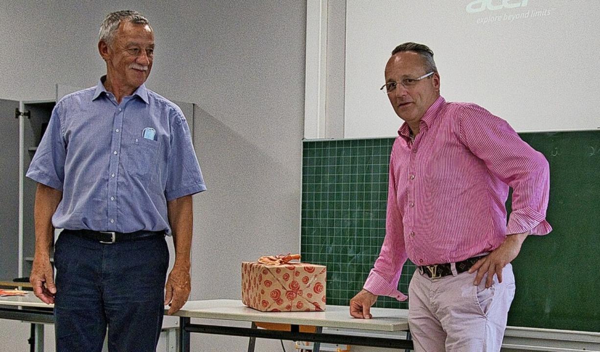 Neuer Vorsitzender ist Albrecht Schmid...r den Vorsitz zehn Jahre lang führte.   | Foto: FRANK BRAUN