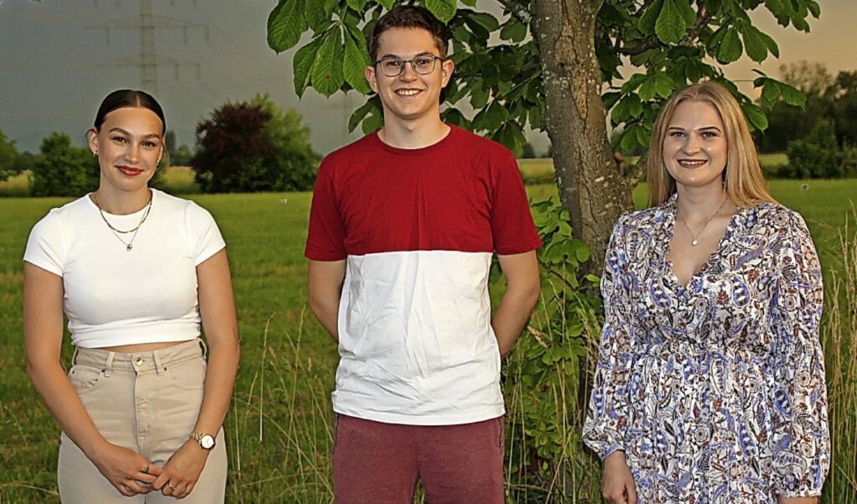 Anna Oser, Tom Altmiks und Lea Adler führen die Bahlinger Landjugend.  | Foto: Christiane Franz