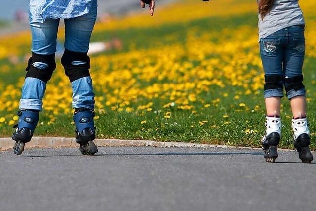 Polizei sucht Skaterin nach Zusammenstoß mit Radfahrer in Neuenburg