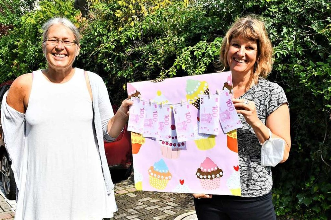 Annette Perschke und Carolin Throm fre...t noch dringender gebraucht als zuvor.  | Foto: Barbara Ruda