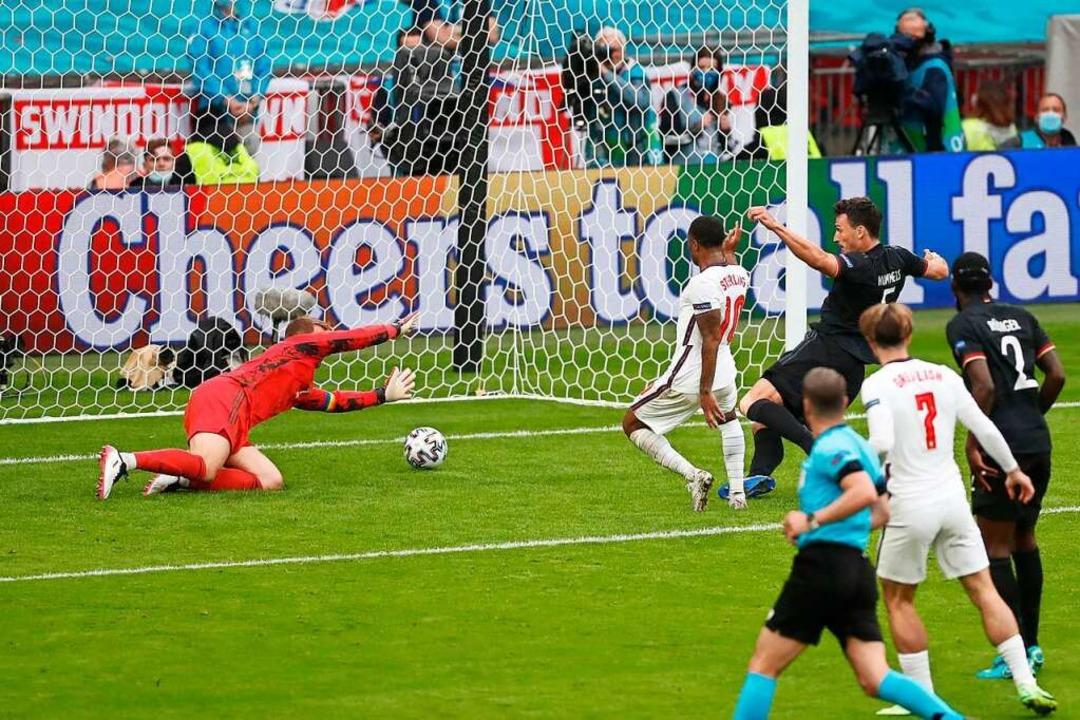 Raheem Sterling mit dem 1:0 für England    Foto: MATTHEW CHILDS (AFP)
