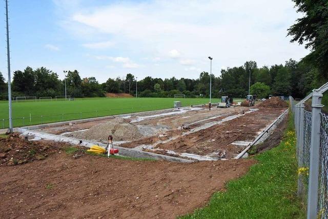 FC Denzlingen baut für 92.000 Euro neuen Kunstrasenplatz