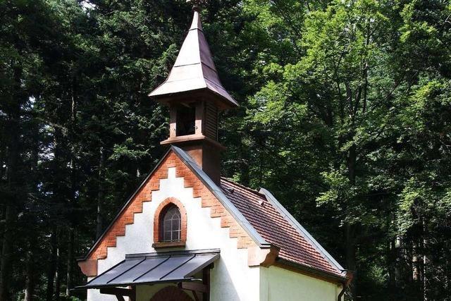 Von der Ebneter Kirche St. Hilarius in 50 Minuten hinauf bis zur Wendelinkapelle