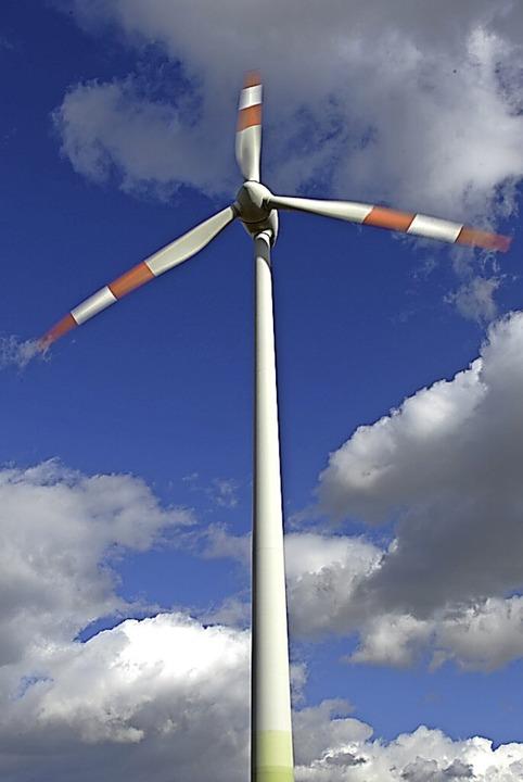Eine Windkraftanlage  | Foto: Arne Dedert
