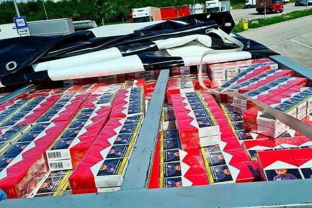 Karlsruher Zoll entdeckt 670.000 Schmuggel-Zigaretten in Kleinlaster