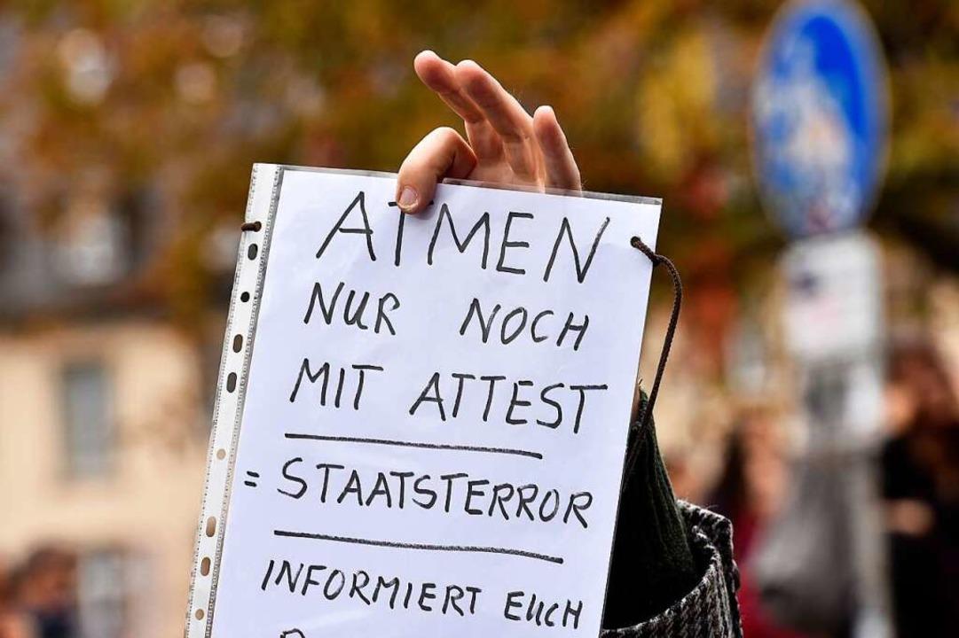 Ein Plakat auf einer Demonstration  | Foto: Thomas Kunz