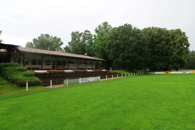 Der SV Burkheim erhält zwei Rasenplätze