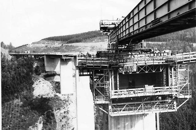 In den 80er Jahren ging es in Titisee-Neustadt ums Brücken bauen