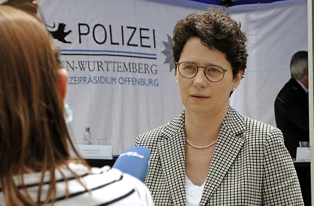 Marion Gentges aus Lahr besuchte in ne...s Haus des Jugendrechts in Offenburg.     Foto: Wolfgang Achnitz