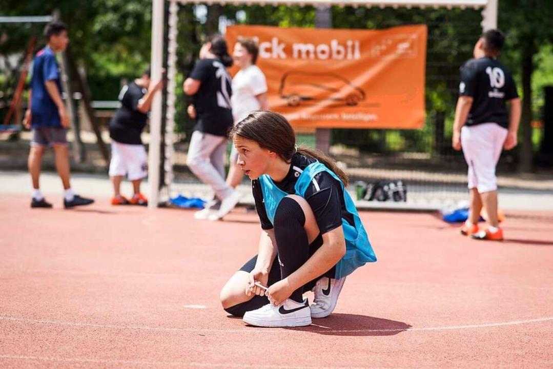 Fußball kann bei der Integration helfe...tiftung bietet dazu viele Projekte an.    Foto: ©step stiftung