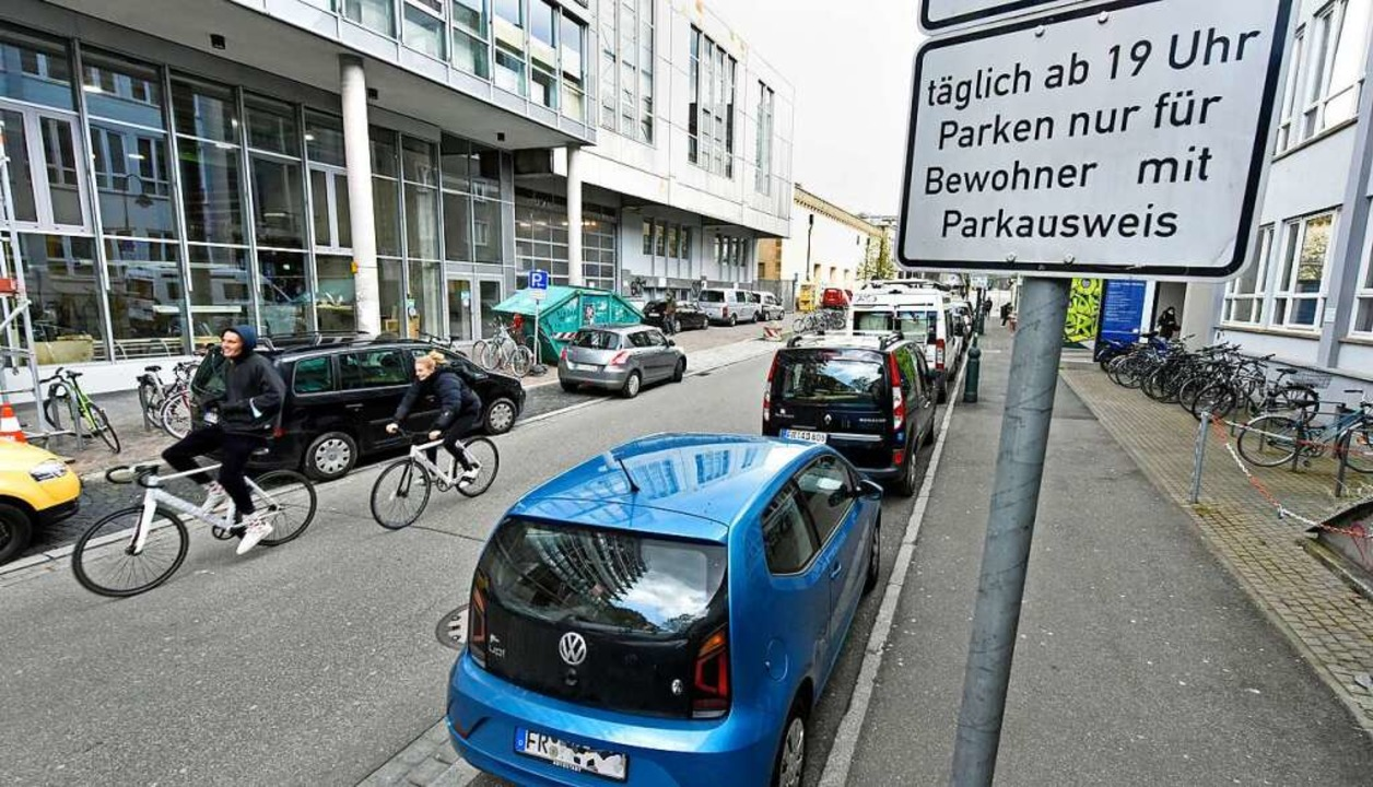 Parken für Anwohner, ja – aber bald voraussichtlich wesentlich teurer.    Foto: Michael Bamberger