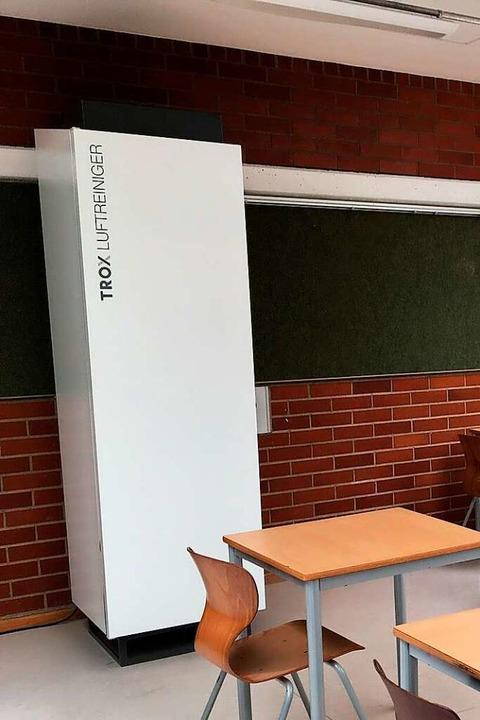 In Müllheim im Markgräflergymnasium is...mobiler Luftfilter bereits im Einsatz.  | Foto: Andreas Gorgas