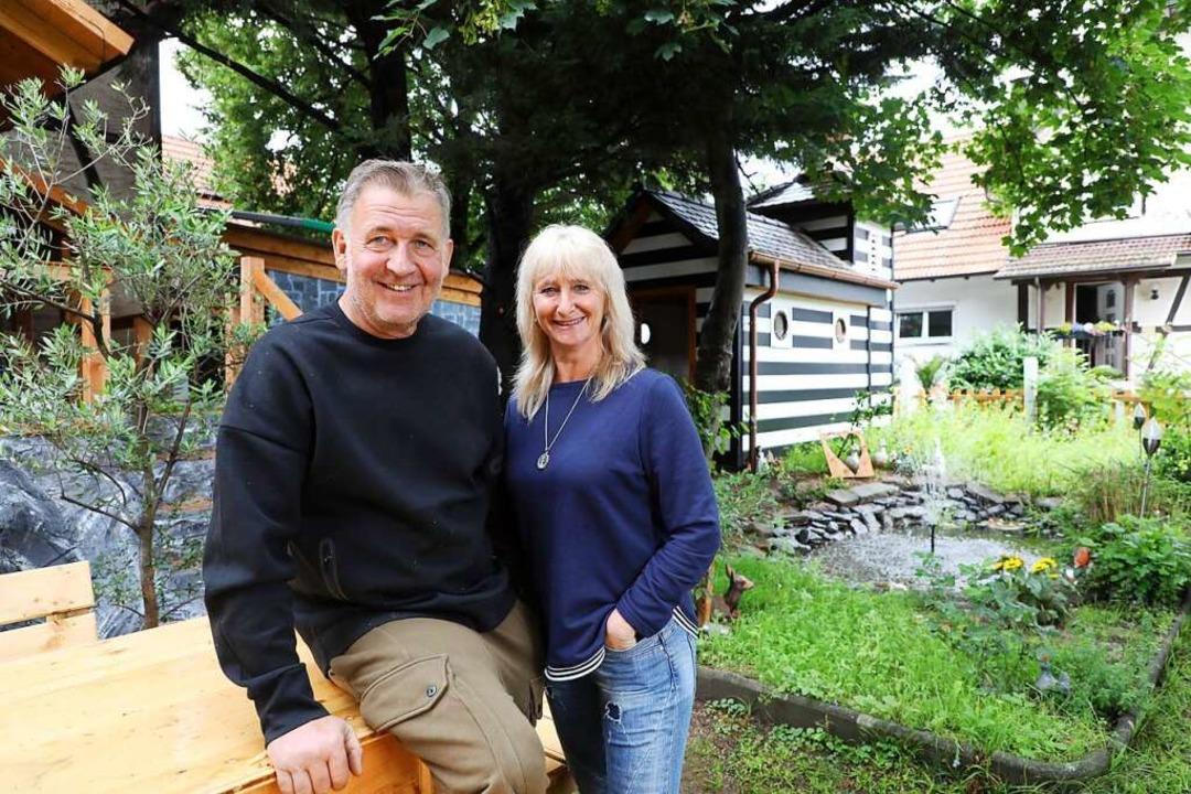 Jürgen Mey und seine Frau Martina  | Foto: Christoph Breithaupt