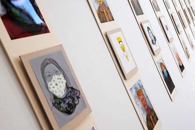 Wie Masken Gesichter verändern, soll eine Kunstausstellung in Schallstadt zeigen