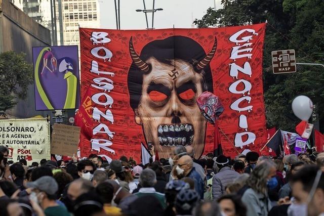 Proteste gegen Brasiliens Präsidenten Jair Bolsonaro
