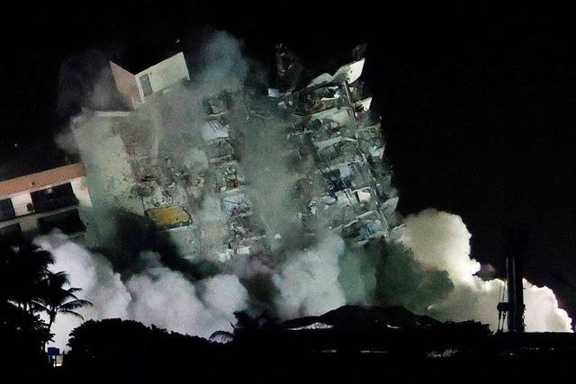 Reste des eingestürzten Hochhauses in Florida gesprengt