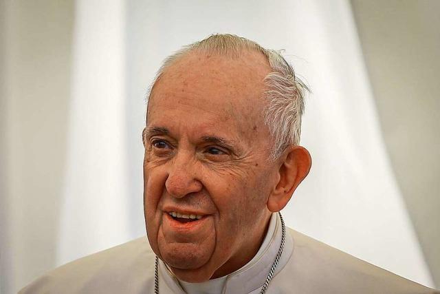 Papst hat Darm-Operation gut überstanden