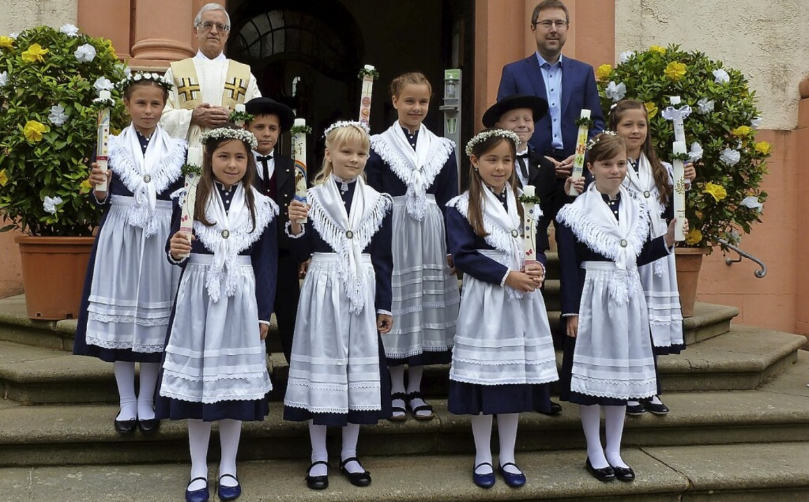 Erstkommunion in Tracht   Münstertal   Badische Zeitung