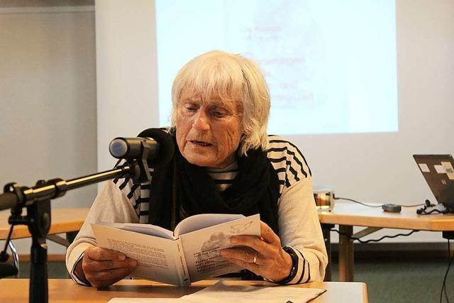 Frauen aus Stegen schreiben über ihre Kindheitserlebnisse im Krieg
