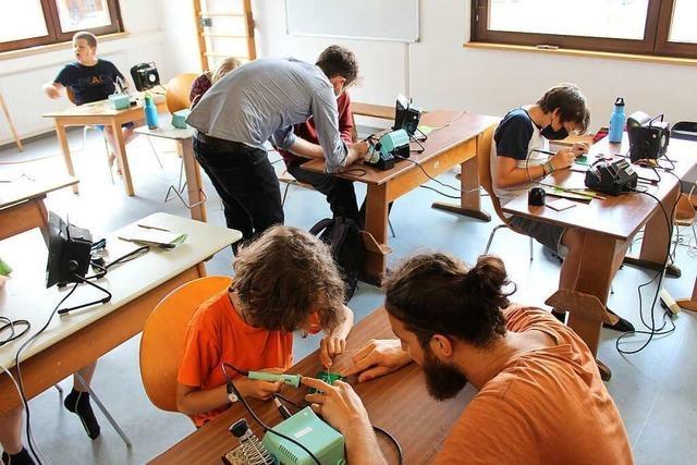 Kirchzartener Schüler bauen Kohlendioxid-Messgeräte