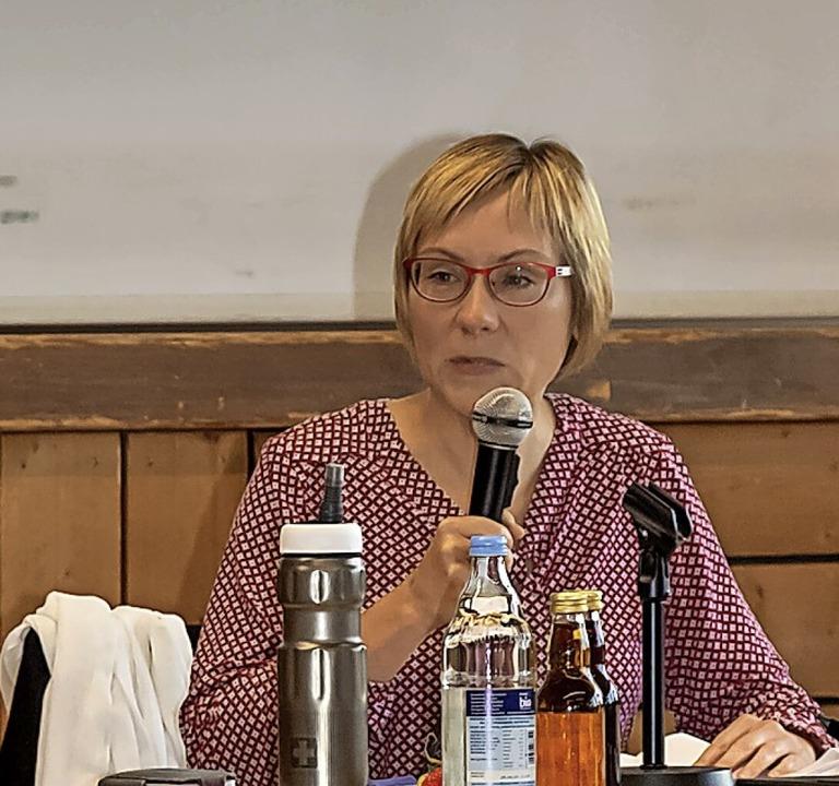 Kathleen Mönicke gab dem Gemeinderat  ...hstandsbericht über das Mitmachmuseum.  | Foto: Wilfried Dieckmann