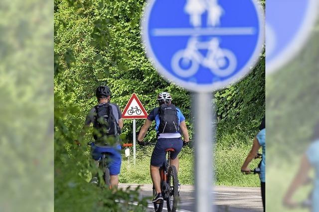 Mit Fotos und Videos für Radtour über Grenzen werben