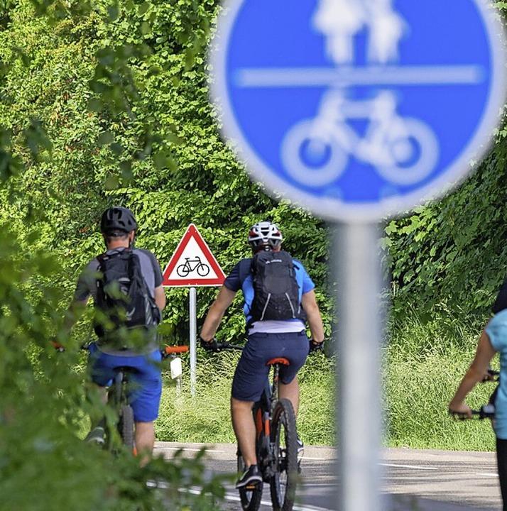 Rund ums Fahrradfahren geht es bei bei dem Wettbewerb.  | Foto: Stefan Puchner (dpa)
